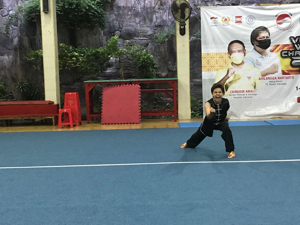 Anita Sinar Naga Atlet Wushu Bali